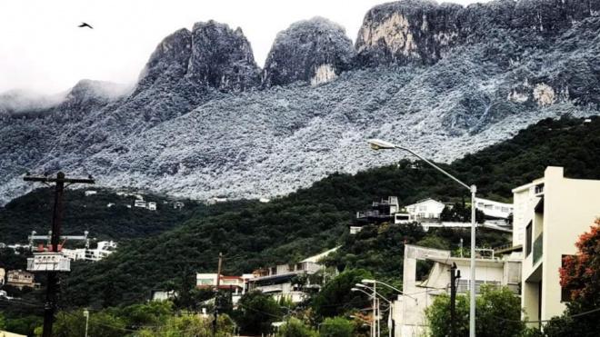 Вжаркой Мексикевнезапно выпал снег: температура опустилась до -2