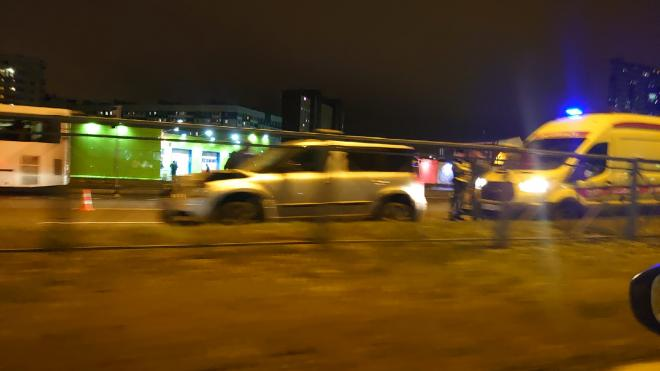 Очевидцы: Иномарка насмерть сбила пешехода на Парашютной улице