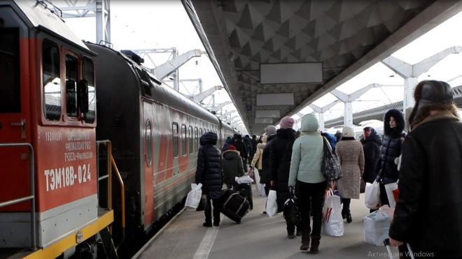 В дни весенних каникул между Петербургом и Москвой поедут дополнительные поезда