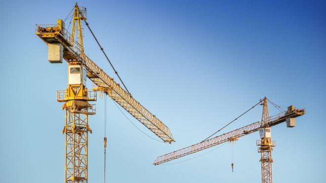 Комстрой проинспектировал реконструкцию школы в Курортном районе