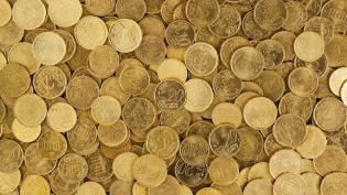 Минфин почти в два раза снизит продажу валюты с 7 августа по 4 сентября