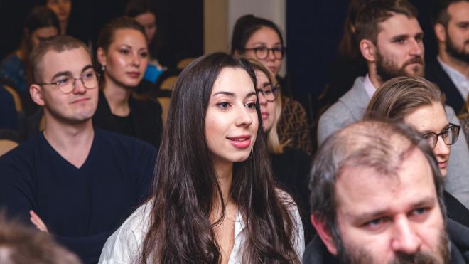 Городской образовательный клуб рассказал петербуржцам о способах управления эмоциями