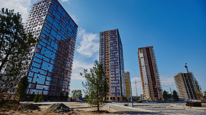 Смольный потратит 9 миллиардов рублей на квартиры для нуждающихся петербуржцев