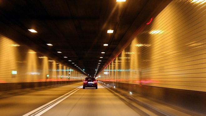 В Токсовском тоннеле на КАД временно изменят схему движения