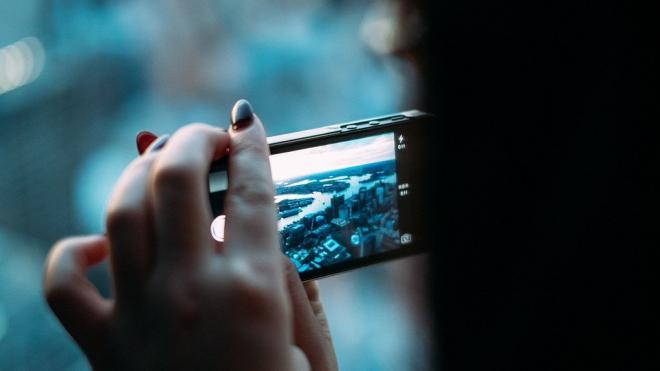 Специалист научил россиян восстанавливать удаленные фотографии на смартфоне