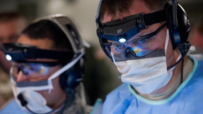 В Петербурге утвердили тарифы на лечение коронавируса по ОМС