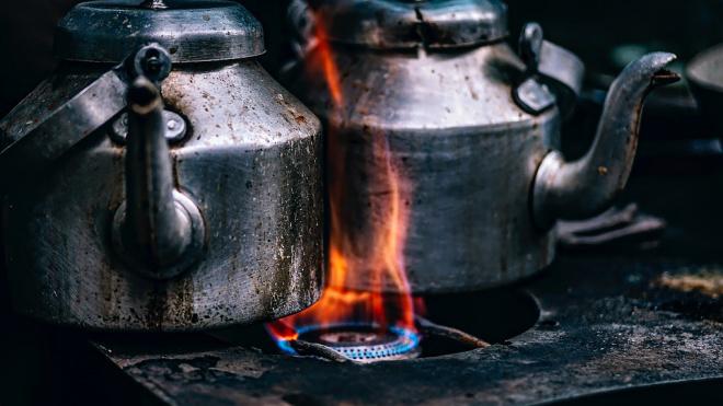 Эксперт пояснил, почему у здания администрации президента Украины проходит митинг против цен на газ