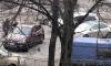 На трамвайных путях в Петербурге столкнулись две машины
