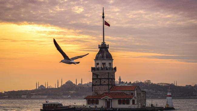 Россия с 15 апреля приостановит авиасообщение с Турцией