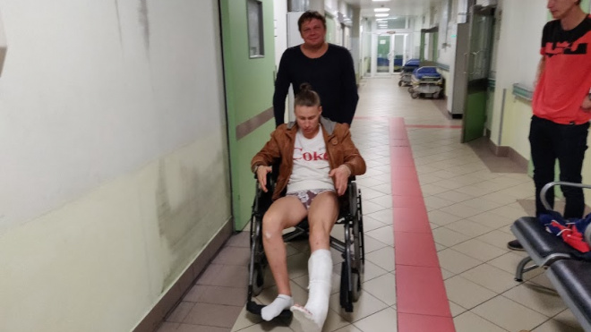 В Кудрово петербуржцу сломали ногу. Участковый отказался регистрировать дело