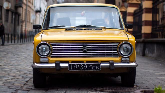 В марте в РФ выросли продажи легковых автомобилей