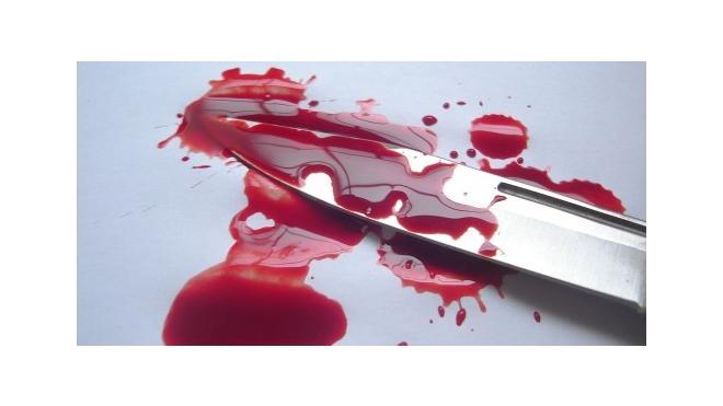 На улице Грибакиных мужчина в пылу ссоры чуть не зарезал ножом родную мать