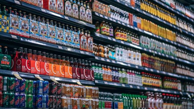 Минфин предложил повысить НДС с 10% до 20% на соки и лимонады