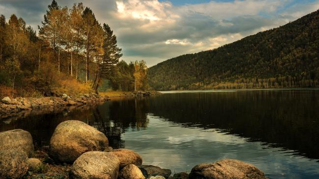 ВНИИ им. Карпинского организует две экспедиции в Сибирь с целью создания новых геологических карт