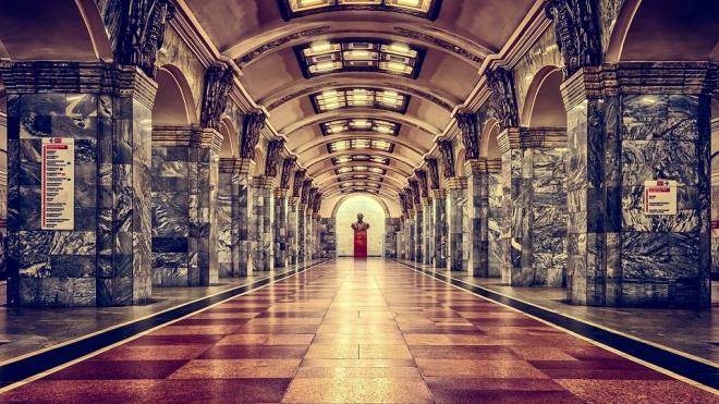 Петербуржец подслушал разговор о готовящемся теракте в метро