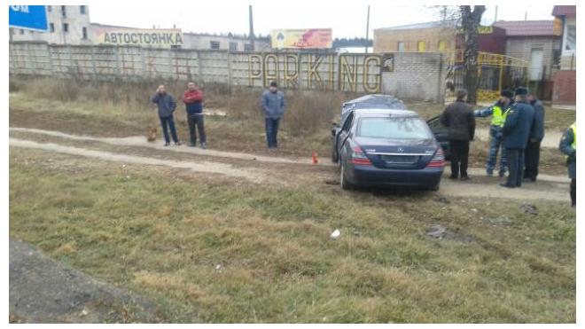 Под Смоленском произошло ДТП с участием Mercedes с дипномерами