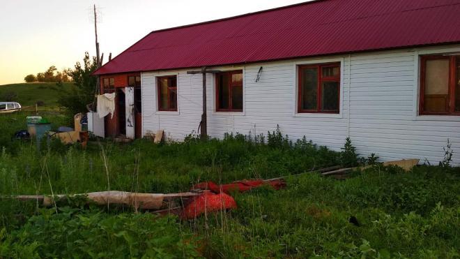 На ферме под Саратовом при загадочных обстоятельствах погибли 2 рабочих
