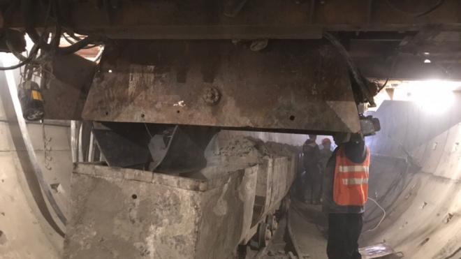 Смольный позволит Метрострою закончить строительство Красносельско-Калининской линии