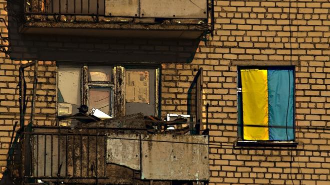 Петербургскому грязнуле вычистили коммунальную комнату по решению суда