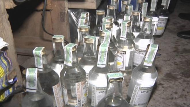 Безработный из Петербурга заработал 34 миллиона на продаже левого алкоголя