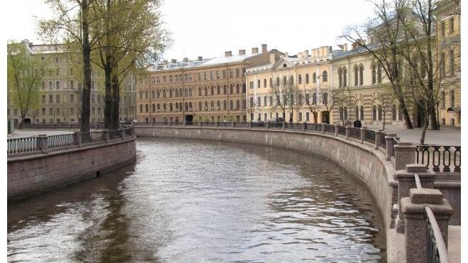 В Петербурге из канала Грибоедова выловили утопленника