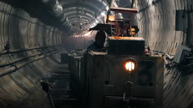 В Смольном рассказали, почему в Петербурге темпы строительства метро отстают от московских
