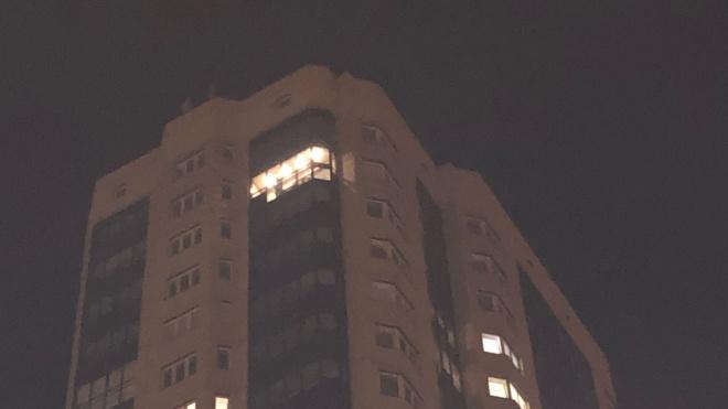 На Парнасе неизвестные кидались картофелем с 23 этажа