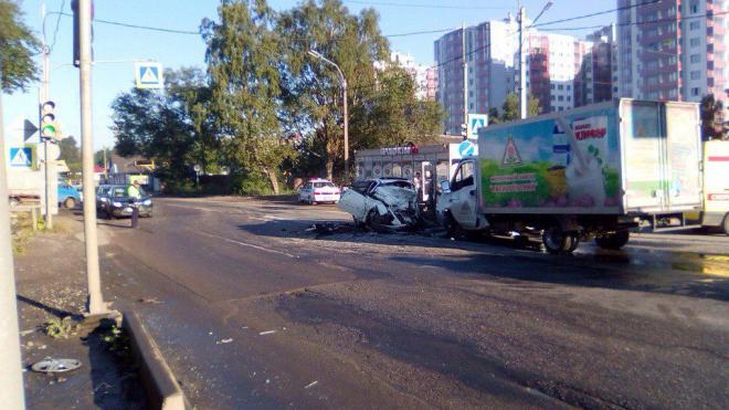 В аварии в Янино погибли два человека