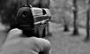 На Светлановском проспекте неадекватный мужчина стрелял в подростка
