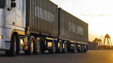 В Петербурге изменят регламент выдачи пропусков для большегрузов