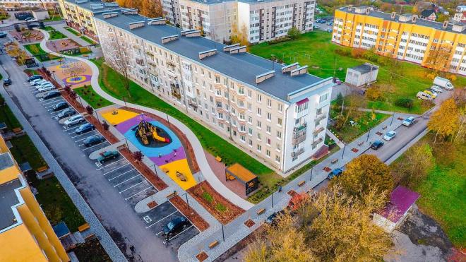 Дизайнеры благоустроили поселок в Ленобласти