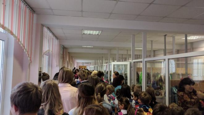 Подросток-мигрант сообщил о бомбе в гимназии Невского района
