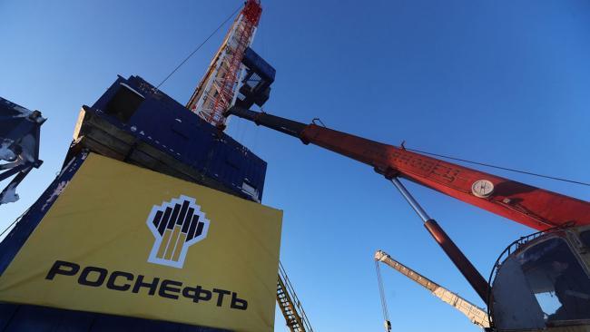"""""""Роснефть"""" увеличила добычу газа и жидких углеводородов в 2021 году"""