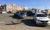 Два автомобиля столкнулись недалеко от Аничкова моста на Невском проспекте