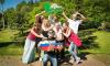В Петербурге появилась аллея из красных дубов