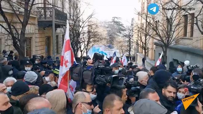 На акции протеста в Тбилиси задержали семь человек