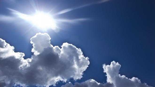 В среду в Петербурге ожидается теплая погода без осадков