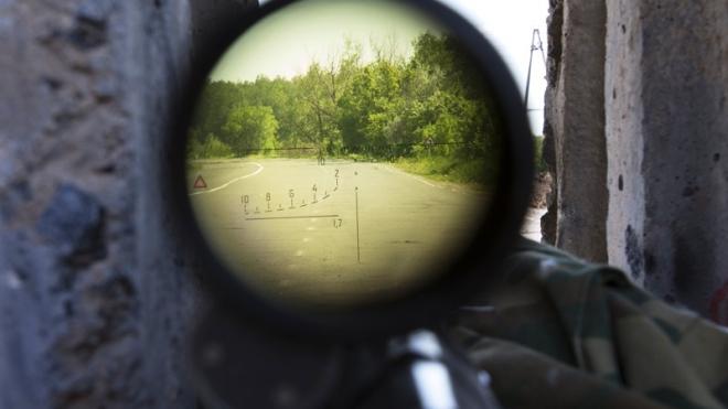 Под Нальчиком продолжается осада частного дома с боевиками