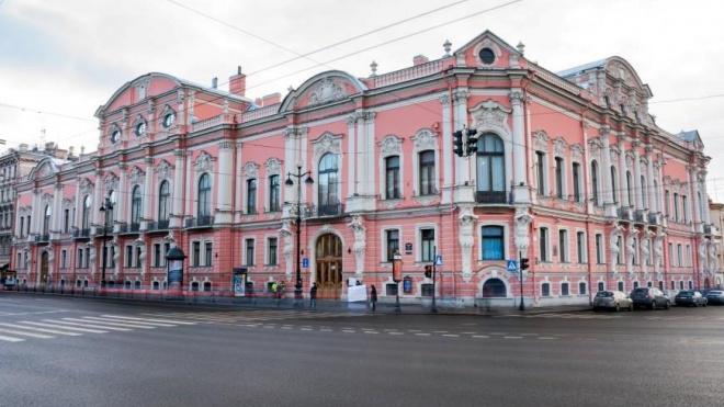У Аничкова моста отремонтируют дворец Белосельских-Белозерских