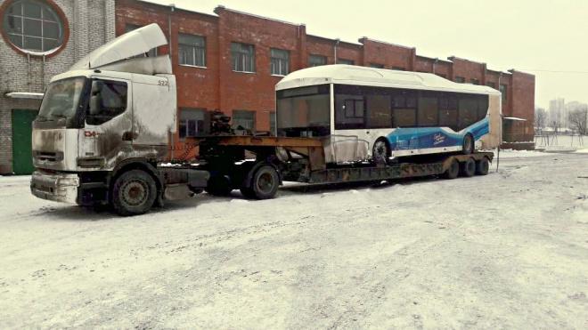В Петербург прибыли первые четыре электробуса