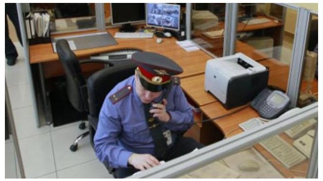 Семиклассника, ушедшего из дома в центре Петербурга, нашли
