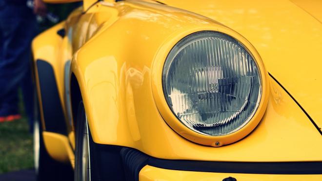 Угонщик-неудачник из Германии заснул в украденном Porsche и попался полиции