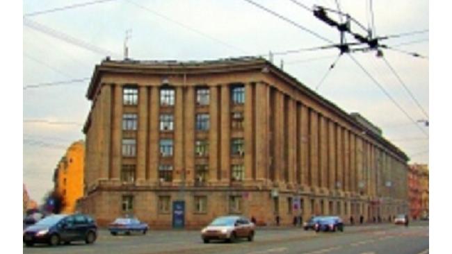 Оперативник управления экономической безопасности вымогал у бизнесмена 1,5 млн рублей