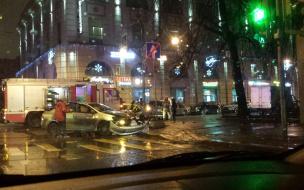 На перекрестке Чкаловского проспекта и Большой Разночинной улицы произошло ДТП