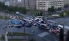 Петербуржцы не могут разъехаться на перекрестке проспектов Непокоренных и Гражданского