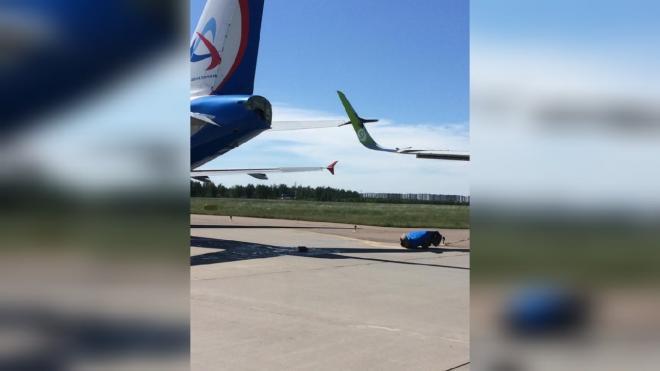 В Ространснадзоре установили причину столкновения двух самолетов в Пулково