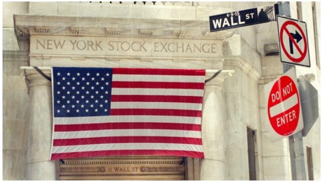 Нью-Йоркские биржи приостановят работу из-за урагана