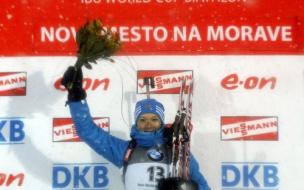 Ольга Зайцева завоевала серебро в гонке преследования на этапе Кубка мира по биатлону