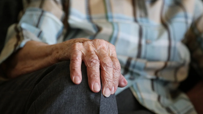 В Петербурге работающие пенсионеры получат поддержку от города