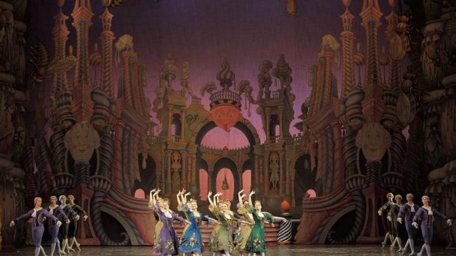 """Балет """"Щелкунчик"""" на Второй сцене Мариинского театра"""